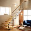 Готовые лестницы как удобное и популярное интерьерное решение: преимущества, виды, особенности выбора