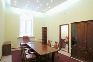 Критерии выбора натяжного потолка для жилого помещения