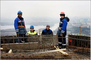 Как найти строительную бригаду