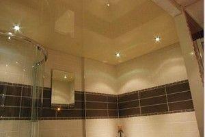Оборудуем потолок в ванной комнате