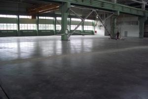 Укладка бетонного пола с усиленным слоем